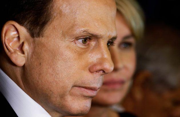 """Governador de São Paulo afirmou que foi alertado de um """"erro inaceitável"""" em..."""