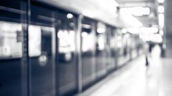 지하철 김포공항역서 승객 사망 사건이