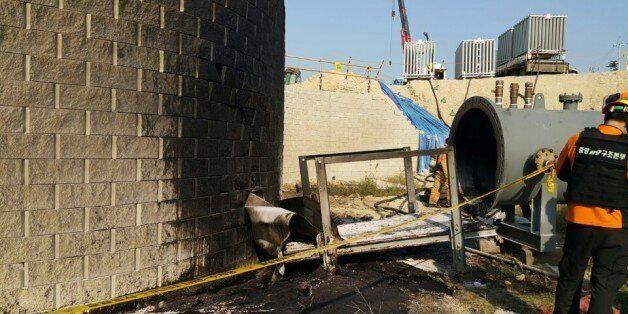 14일 오후 2시35분께 울산시 울주군 온산읍 한국석유공사 울산지사에서 원유배관 이설공사 중 폭발사고로 6명의 인명피해가
