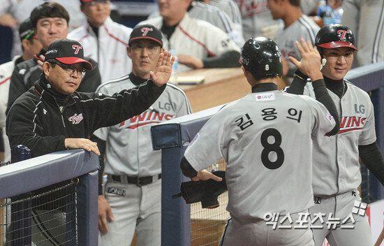 [준PO1] '김용의 3안타' LG, 넥센 잡고 준PO 1차전