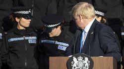 Boris Johnson critiqué pour avoir continué son discours malgré le malaise d'une