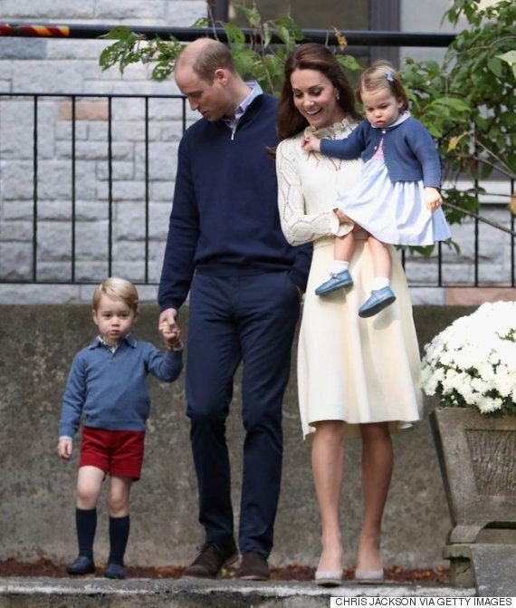 비눗방울이 좋아 어쩔 줄 모르는 조지 왕자는 정말이지 지나치게