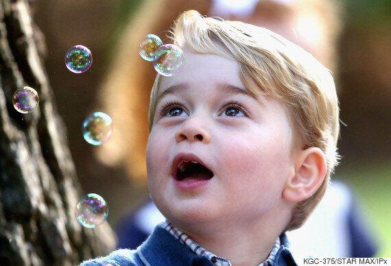 캐나다를 떠나는 영국 조지 왕자는 굉장히 슬퍼