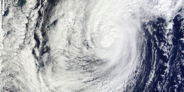 2010년 당시 일본 류쿠섬에 다다른 태풍 차바의 위성