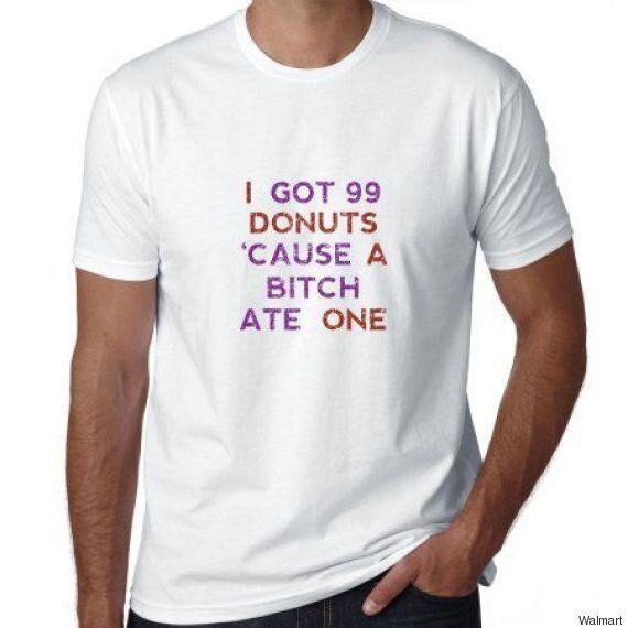 '창녀'와 '코카인'이란 단어가 포함된 이 월마트 티셔츠는 문제가