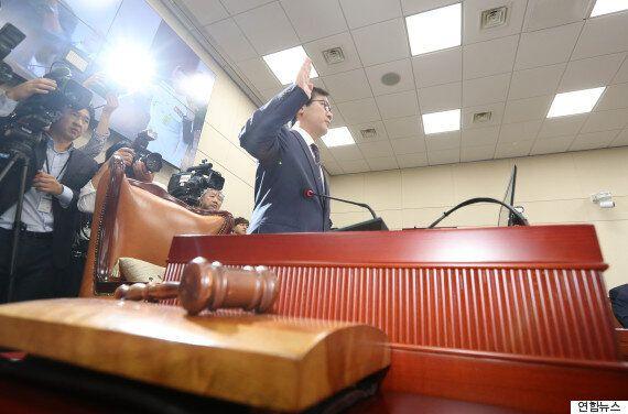 새누리 김영우 의원은 국감장으로 돌아왔고, 야당은 경의를