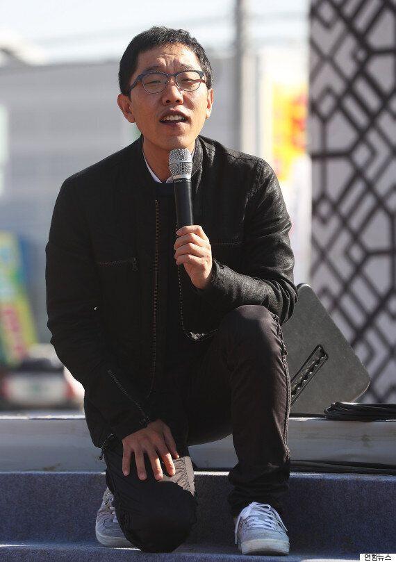 김제동이 한 토크쇼에서 관람객의 '영창 질문'에 이렇게 다시