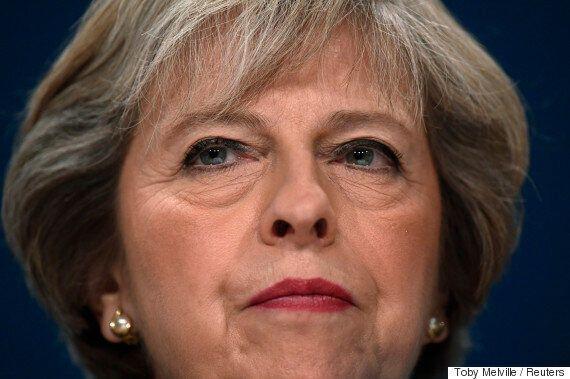 영국 메이 총리가 내년 3월말 이전에 유럽연합 탈퇴 협상을 시작하겠다고