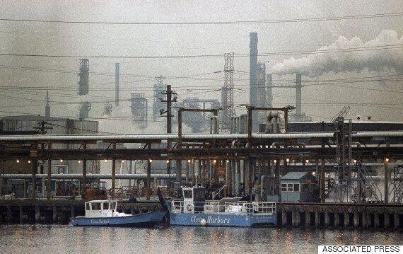 엑슨모빌이 기후 변화 은폐로 고소