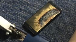 미국 여객기서 '갤노트7' 추정 교환품 화재가 발생해 승객들이 이륙 전 급히