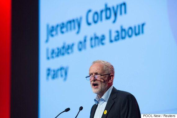 제러미 코빈이 '당내 쿠데타'를 진압하고 영국 노동당 당수 자리를