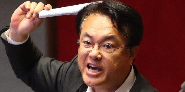 새누리당은 정세균 국회의장을 직권남용으로 '형사고발'할