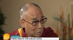 달라이 라마도 브란젤리나 부부의 이혼 소식에 입을