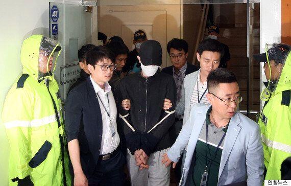 증인으로 법정에 나온 '강남역 살인사건' 피해자의 모친은 부들부들