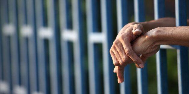 31년 동안 억울하게 수감됐던 60대 남성이 투쟁