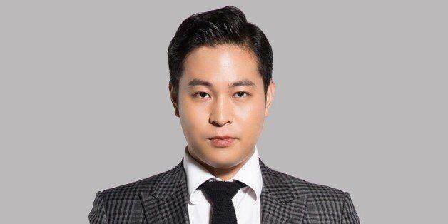 검찰이 '청담동 주식부자'를 구속 기소하고 재산 동결을 법원에