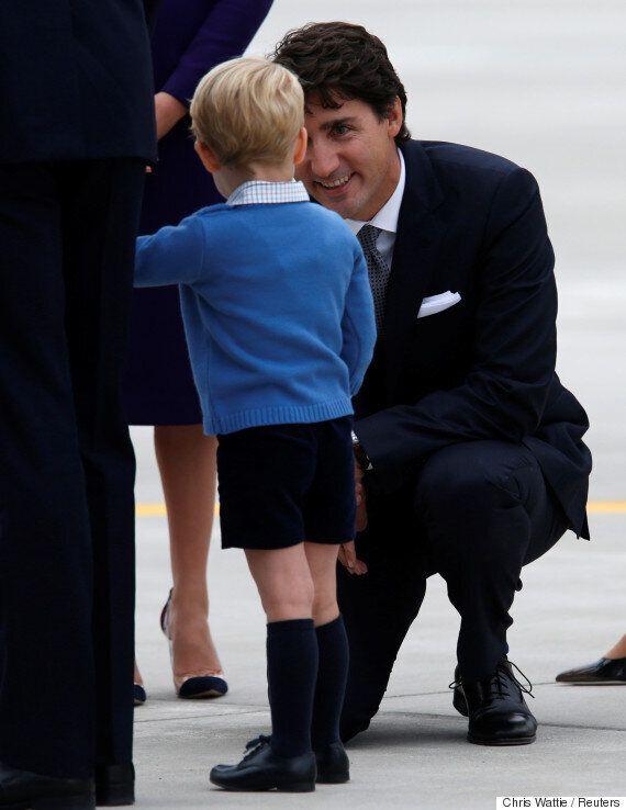 영국 조지 왕자가 캐나다 트뤼도 총리를 만났고, 낯을 가렸다 (사진,
