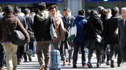 일손 부족에 시달리는 일본이 외국인 노동자 대폭 수용과 재택근무 확대를