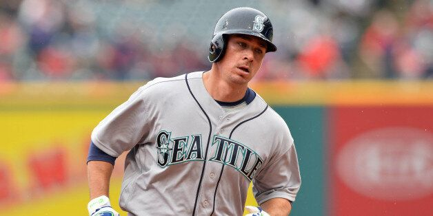 Apr 21, 2016; Cleveland, OH, USA; Seattle Mariners catcher Steve Clevenger (32) rounds the bases after...