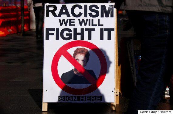 호주 극우 '원네이션당'이 화려하게 복귀해 인종차별적 무슬림 혐오를 거침없이