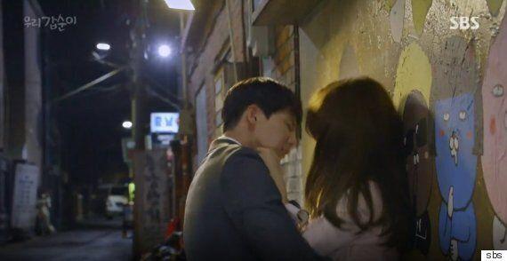 공중파 드라마 '우리 갑순이'에서는 아직도 이런 장면이 낭만적으로