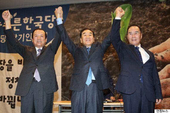 이재오가 '늘푸른한국당'을 창당하며 여야를 싸잡아