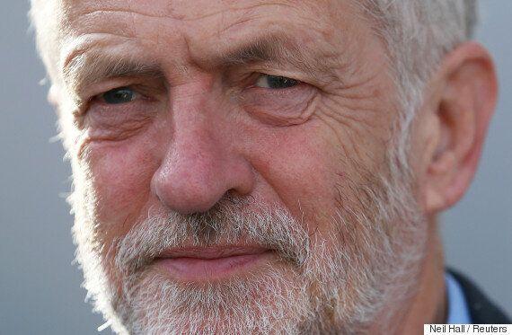 영국 노동당의 제러미 코빈은 왜 벼랑에