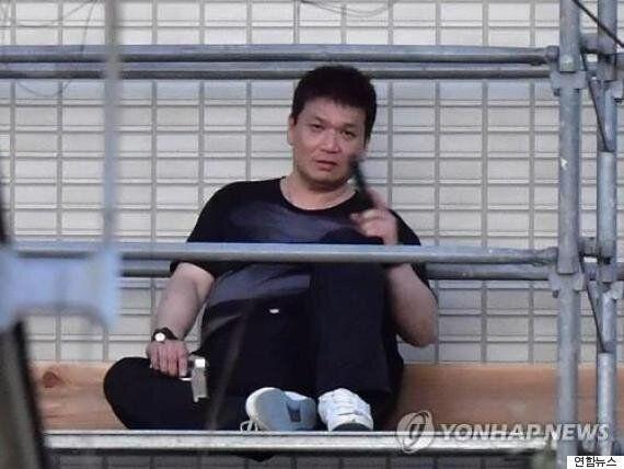 4명을 권총살상한 일본의 40대 남성이 자살을