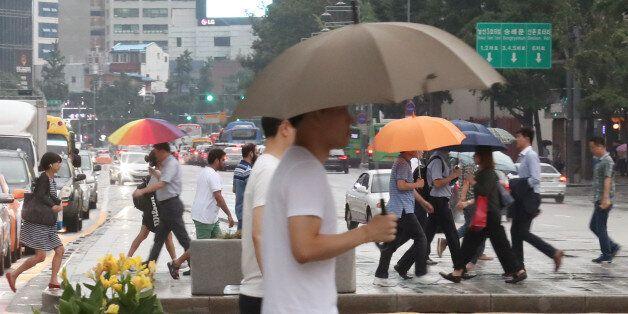 언제 더웠냐는 듯 서울 최저기온이 4.5도나 내려가고 초가을 날씨가