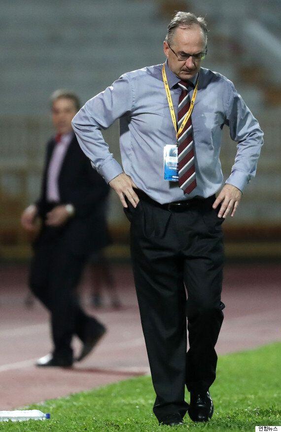 [월드컵 예선] 슈틸리케는 시리아의 '침대축구'에 역정을 내고