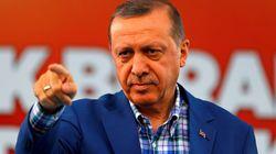터키가 IS 대신 쿠르드를 공격하고