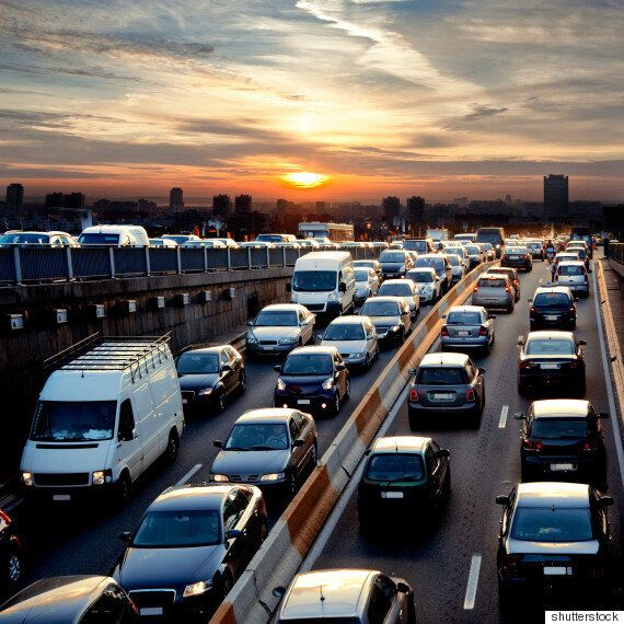 이 영상은 교통체증에서 인류를 구원할 건 자율주행차 밖에 없는 이유를 잘 보여준다