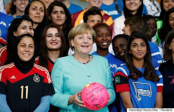 메르켈이 정치적 고향에서 반(反)난민 극우당에게