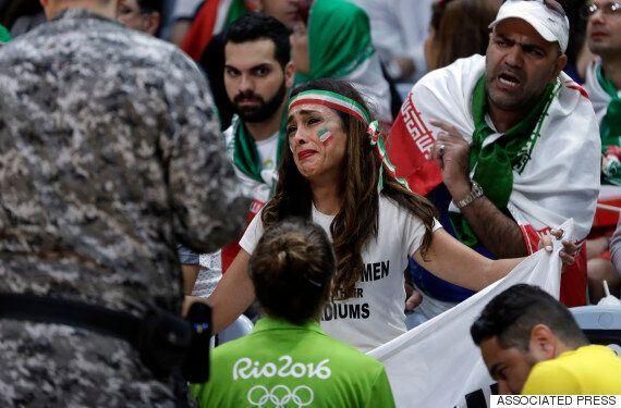 '이란 여성도 경기장에 들어가게 해달라'는 구호가 리우올림픽 경기장에 펄럭이다