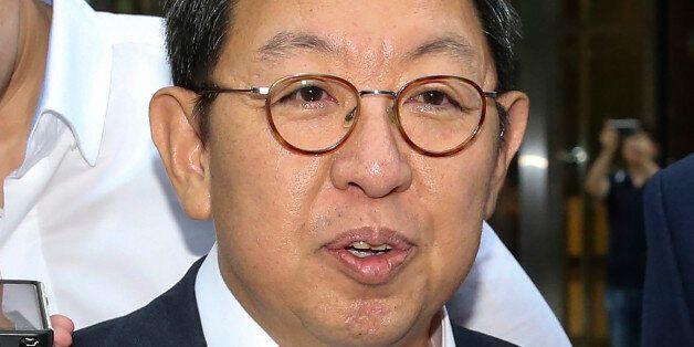 이석수 특별감찰관의 우병우 수석 감찰은 '문건 유출' 사태로