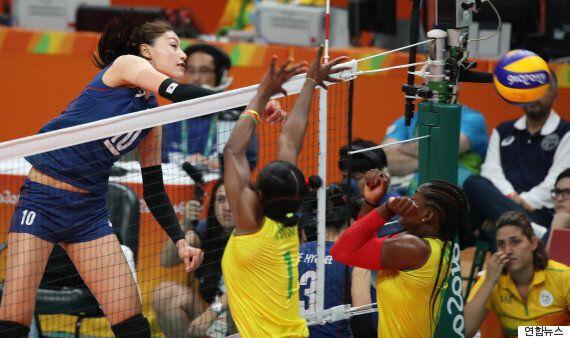 한국 여자배구 대표팀, 카메룬에 완벽하게