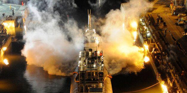 [자료사진] 2012년 미국에서 발생한 원자력잠수함 USS 마이애미의 화재 사건 당시의