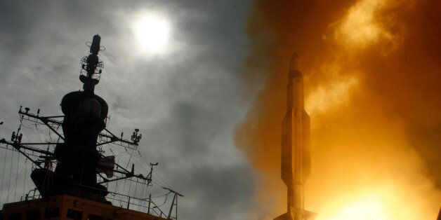 Kauai, Hawaii (Dec. 17, 2007) A Standard Missile-3 is launched from the Japanese Aegis Destroyer JS Kongo...