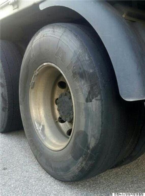 대낮부터 술에 취해 11톤 트럭을 50km 이상 운전한 60대가