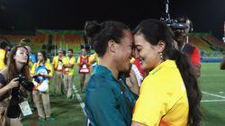 리우 올림픽 경기장에서 프로포즈를 한 커플이