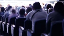 영화관에 대한 무차별적인 예매취소가 비난받는 '뻔한'