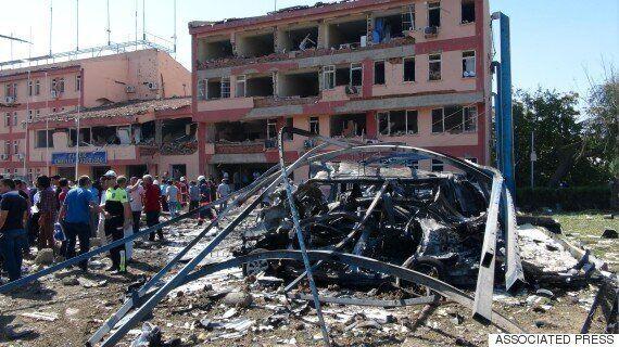터키 동부에서 연쇄 폭탄공격으로 13명이