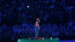 슈퍼마리오 아베의 올림픽 폐막식 출연에 전 세계로부터 엄청난 반응이