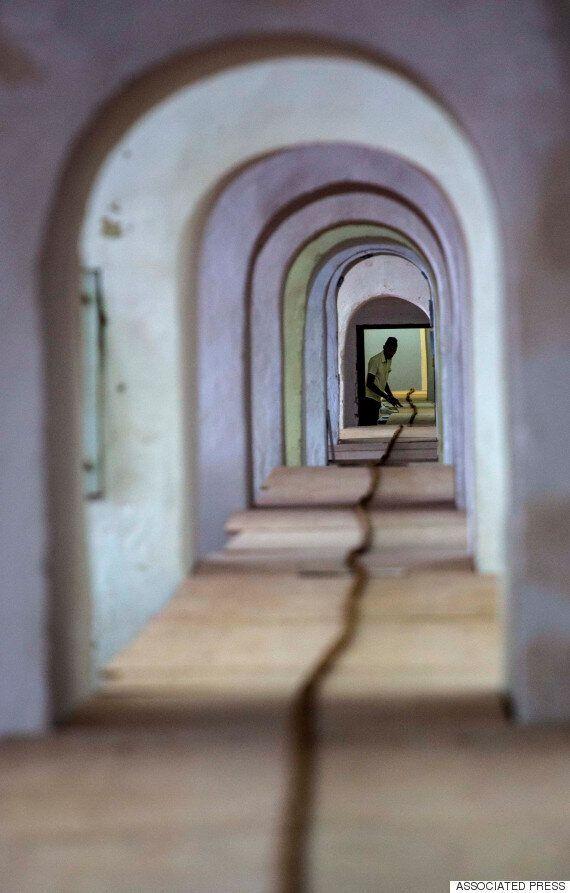 쿠바의 시가 제조 장인이 90m 짜리 시가를