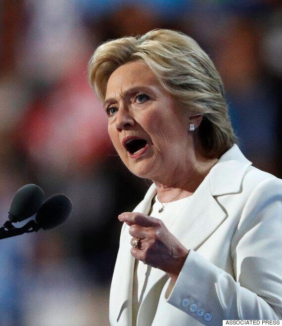 힐러리 클린턴, 트럼프를 반박하며