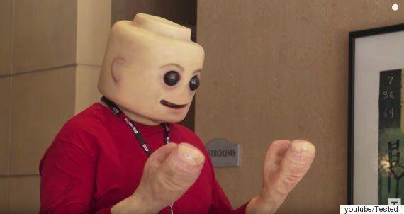 레고 피규어가 사람의 피부를 갖는다면