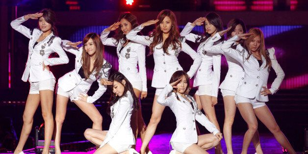 대표적인 한류 아이돌 그룹 소녀시대의 2011년 공연