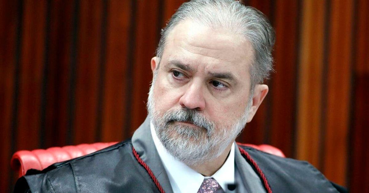 Criticado pela esquerda e pela direita, Augusto Aras é o nome de Bolsonaro para a PGR