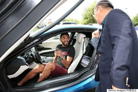 레스터시티의 선수들이 1억5천만 원짜리 차를 한 대씩 선물 받은