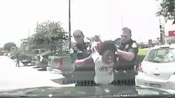 미국 백인 경찰이 흑인을 '내동댕이' 쳤다